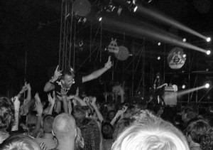 crowdsurfer at Blood Red Shoes